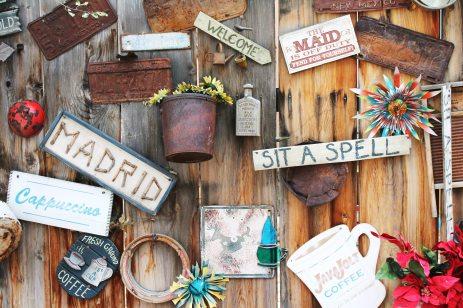 Crafts N' Tiques (570) 339-2737 206 S Oak St, Mt Carmel, PA 17851
